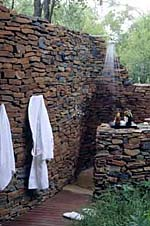 Makanyane Safari Lodge, Outdoor Shower